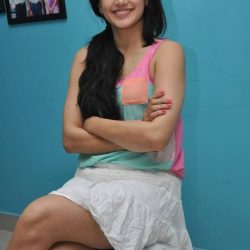 Taapsee-Pannu-Nice-Sitting-Style-7
