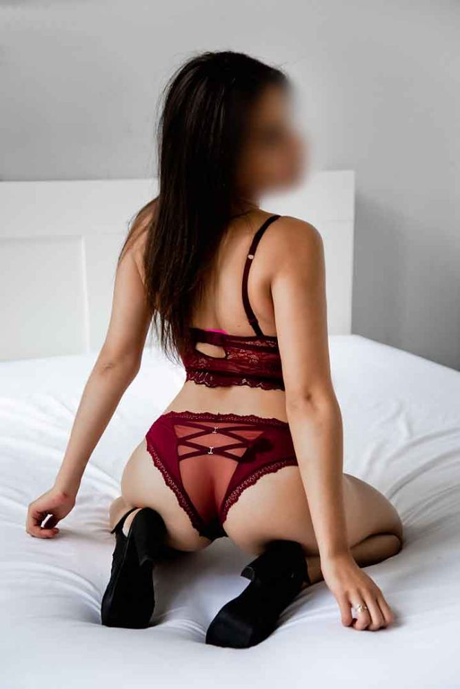 brooke-new-cardiff-escort-1